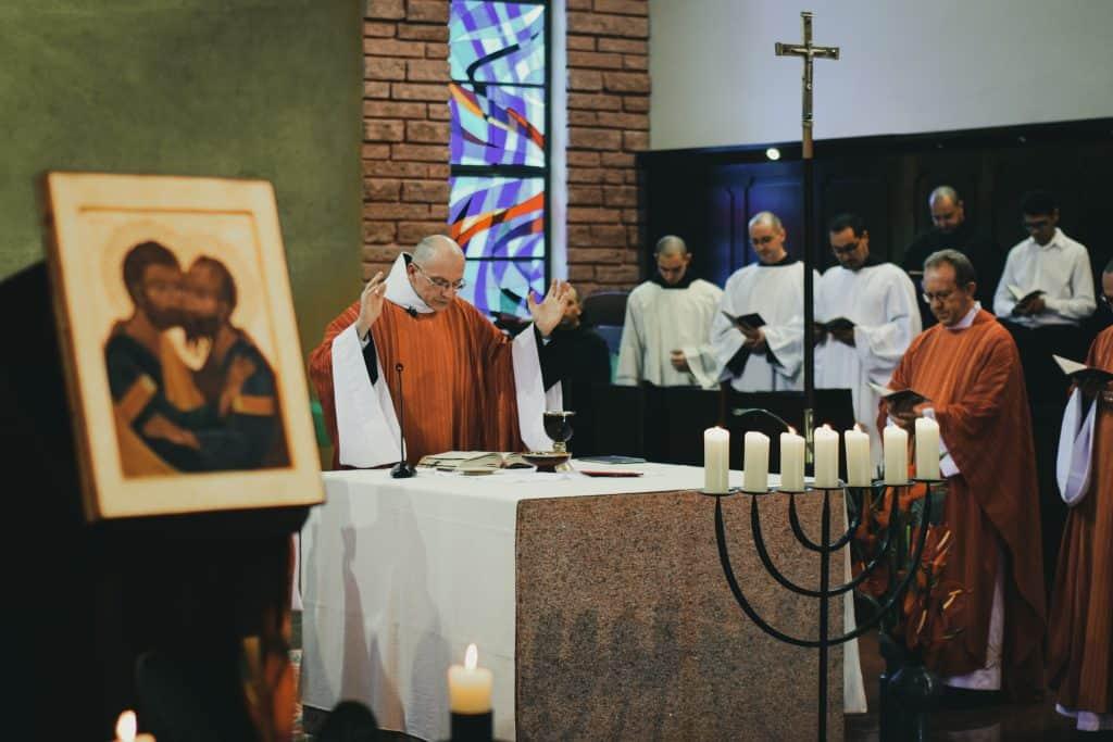 prayers of the faithful at catholic mass